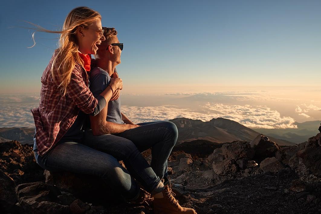 Romantische Nacht auf Teneriffa: Abenddämmerung auf dem Teide