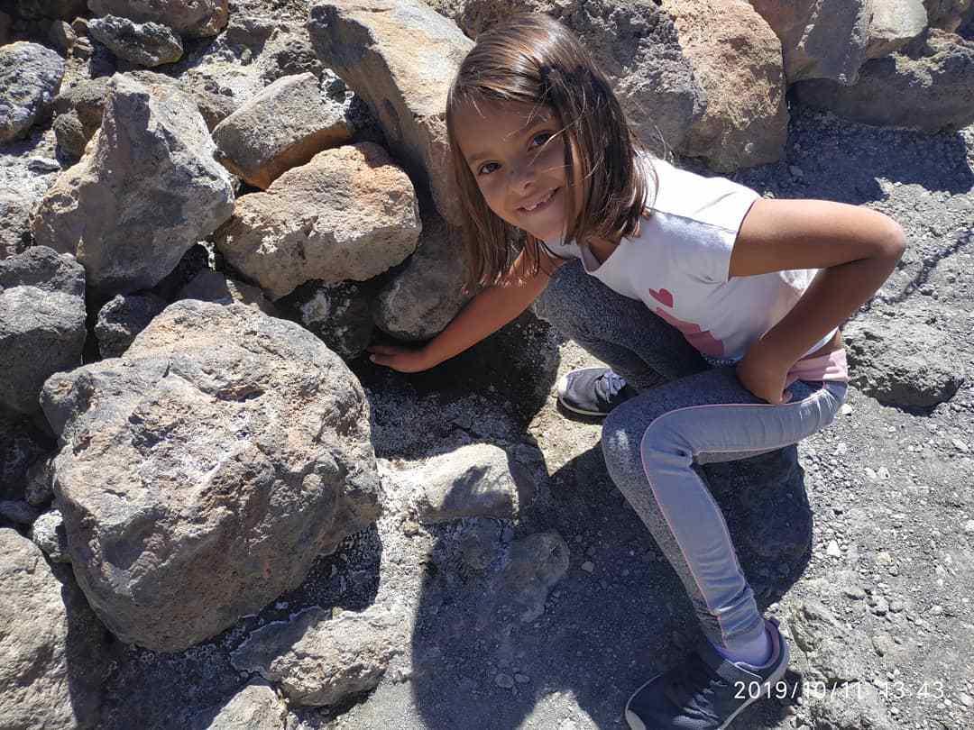 Zwiedzanie Teide z dziećmi: fumarola