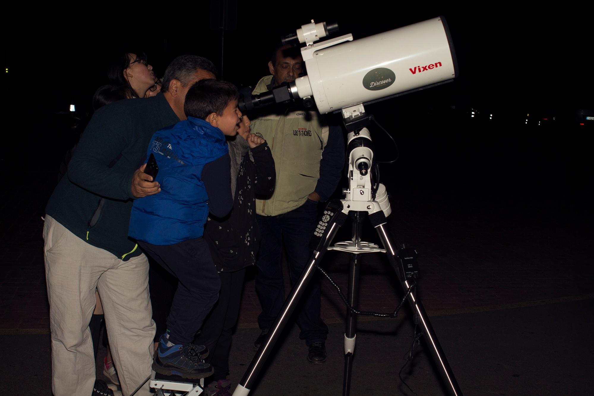 Visitar el Teide con niños y observar las estrellas en familia