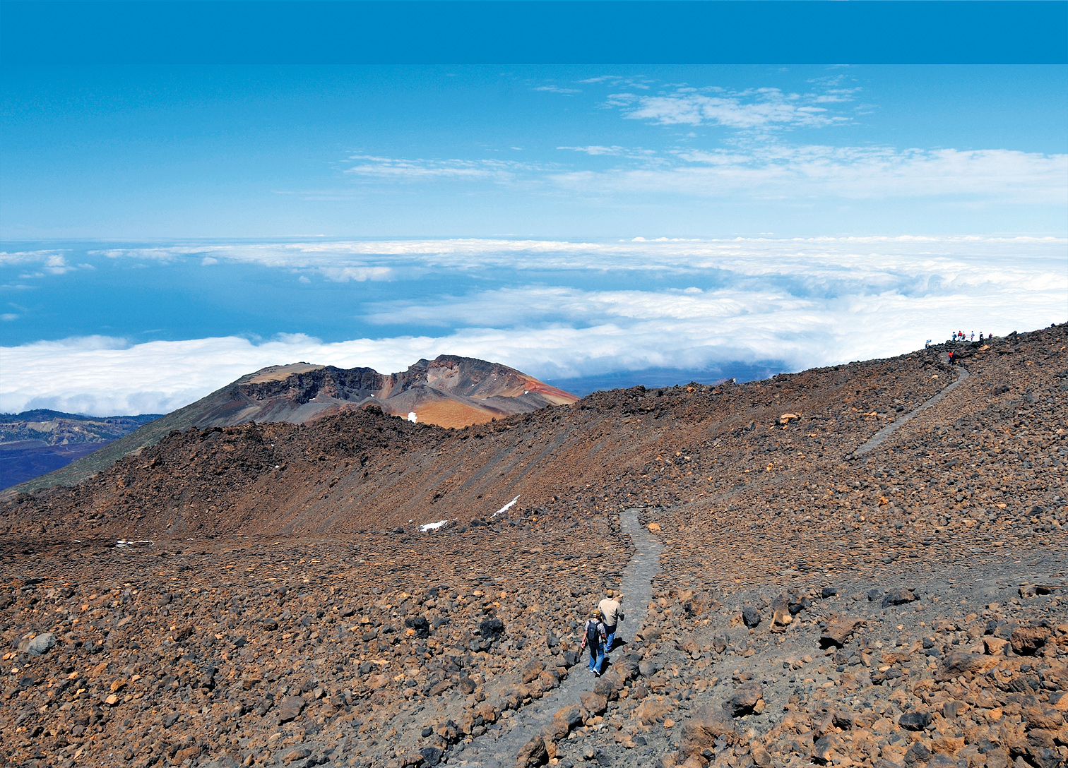 The Pico Viejo trail: Teide without permit