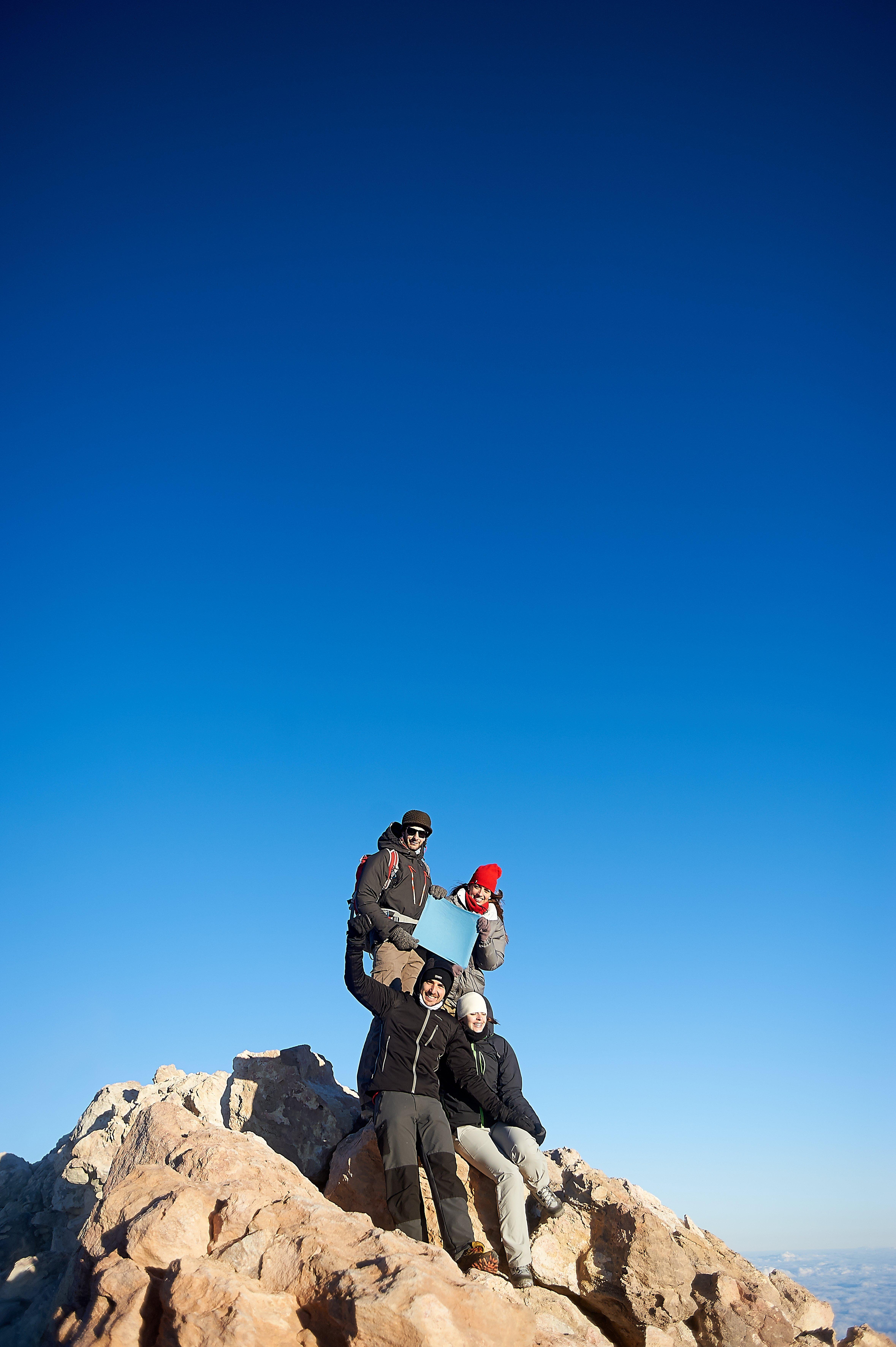 Den Teide Gipfel mit der Seilbahn besteigen