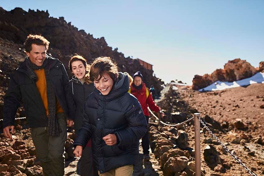 Besuchen Sie den Teide mit Ihren Kindern und genießen Sie ein Familienerlebnis